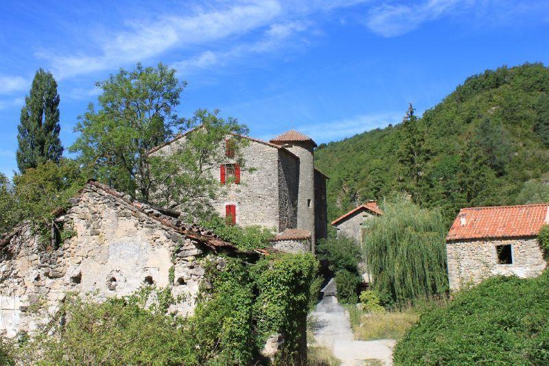 Chambre d'Hôtes Château de Sorgues ©aunomi
