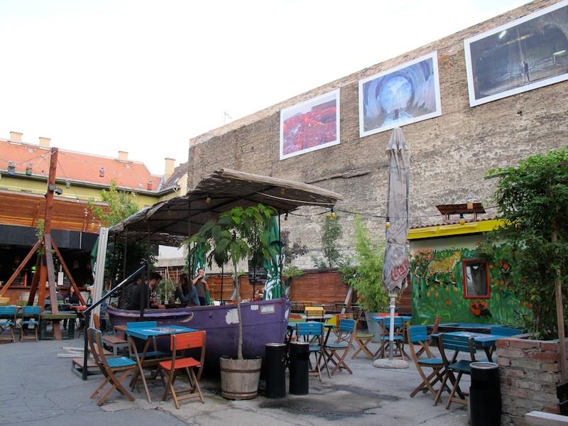 Budapest café ©aunomi