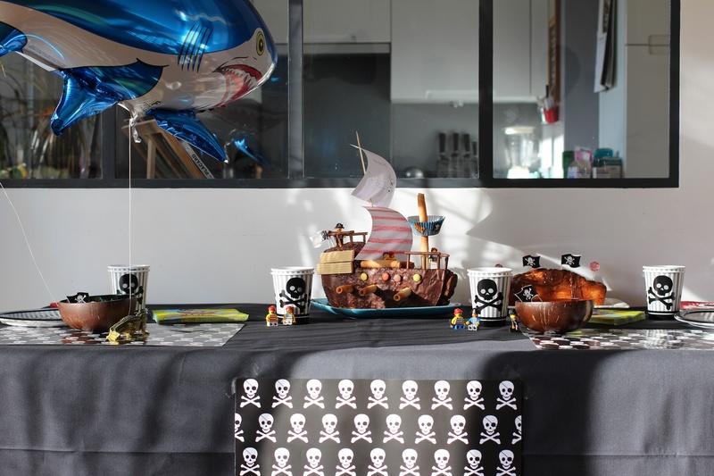 Décoration anniversaire pirate 5 ans garçon